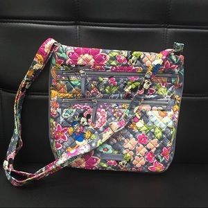 Vera Bradley Triple Zip hipster mickey and friends